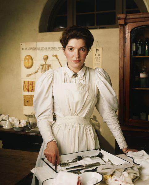 Jemma Redgrave als Dr. Eleanor Bramwell